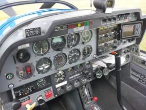 Cockpit Instrumententafel Robin DR 400