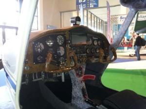 Cockpit Skylane