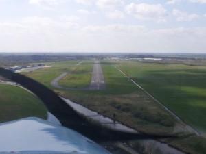 Emden Flugplatz Anflug Piste 25