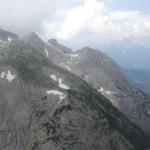 Flug durch Berge